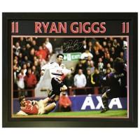Манчестер Юнайтед Фотография Giggs с автографом (багет)