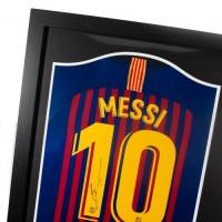 Барселона Футболка Messi с автографом и 3D силуэтом (багет)