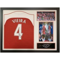 Арсенал Футболка Vieira с автографом (багет)