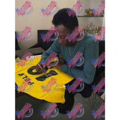 Бразилия Футболка Pele с автографом (багет)