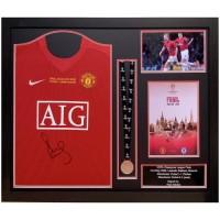 Манчестер Юнайтед Футболка Scholes с автографом и медаль (багет)