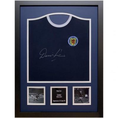 Шотландия Футболка Denis Law с автографом (багет)